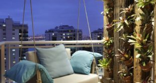 Find modern designs of balconies, porches and terraces of BC Arquitetos. Discover the ...