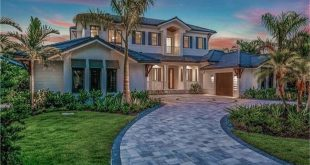 Take a photo tour of the fantastic Windward Beach House Plan (with spacious outdoor area)