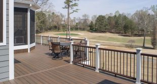 Rear deck of the Austin House Plan 1409 built by